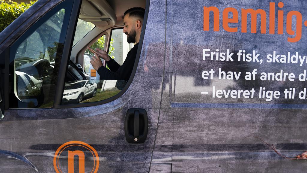 PLUS Corona sender varebiler ud i hele landet