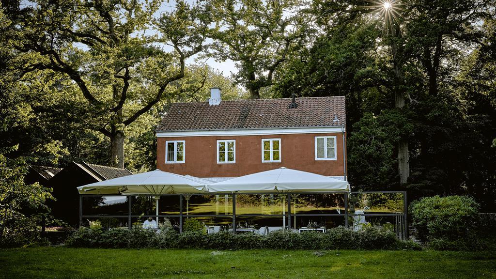 Madanmeldelse af Den Røde Cottage fra borsen.dk