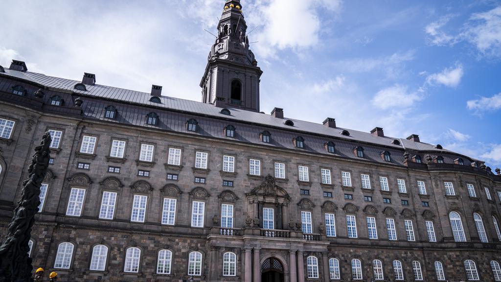 Christiansborg Slot: Her skulle dronningens fødselsdag have været fejret, dronning Margrethe, Dronningen