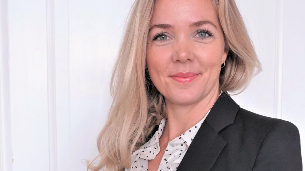 Christina Kjær_zoomet ud.JPG