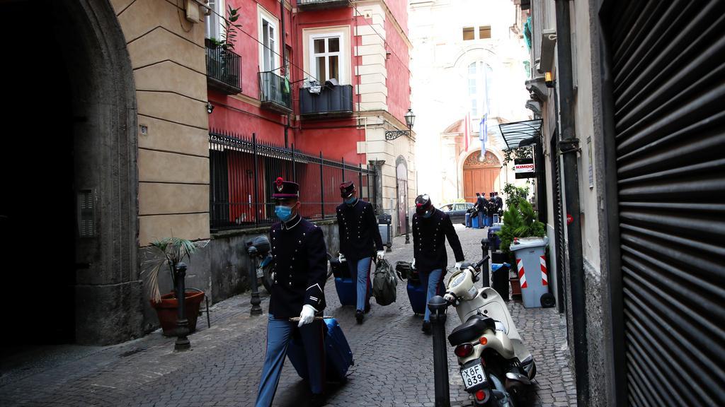 Outbreak of the coronavirus disease (COVID-19), in Naples