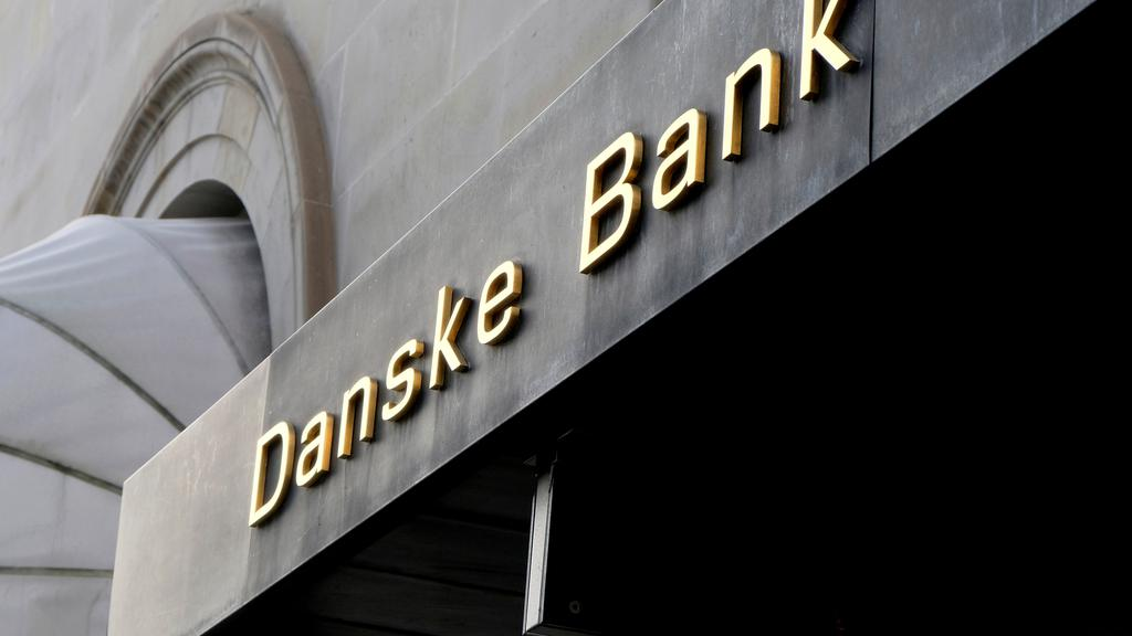 FILE PHOTO: A Danske bank sign is seen on a bank''s headquarters in Copenhagen