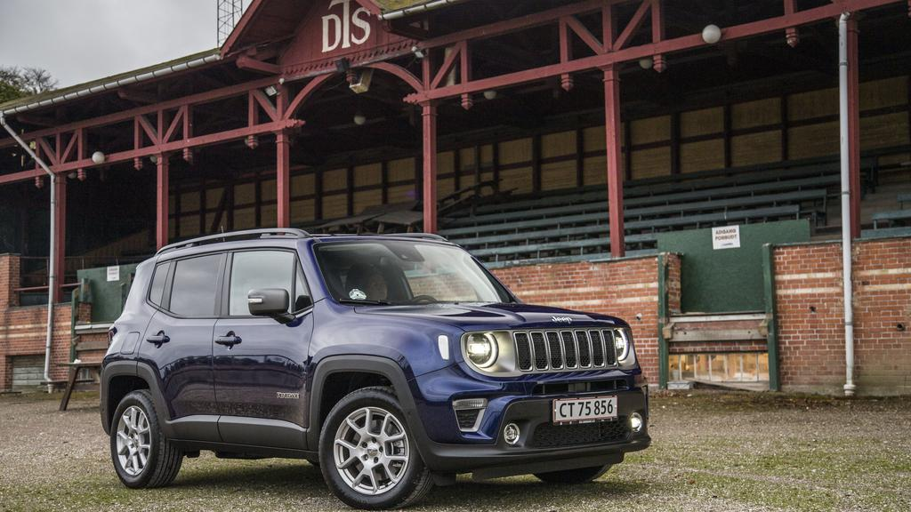 Jeep Renegade Limited 190 HK PHEV bred front.jpg