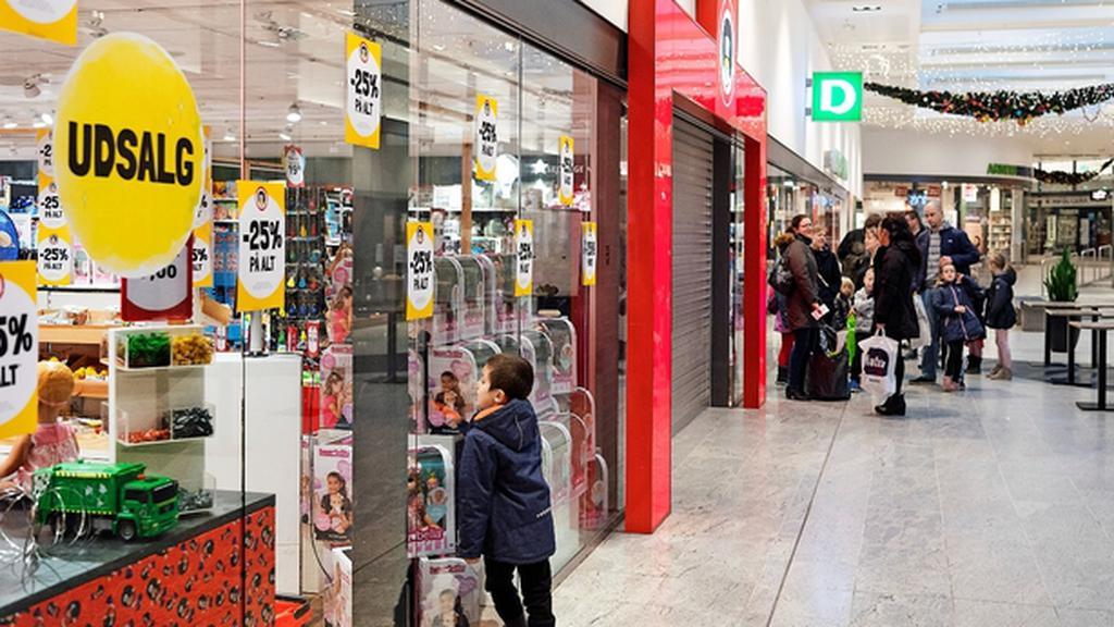 Legetojskaempe Afviste At Kobe Faetter Br Kort For Kollaps Begge