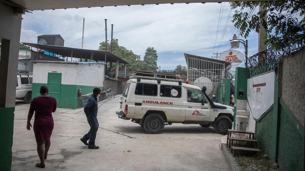 FN er bekymret: Desperate indbyggere på Haiti plyndrer