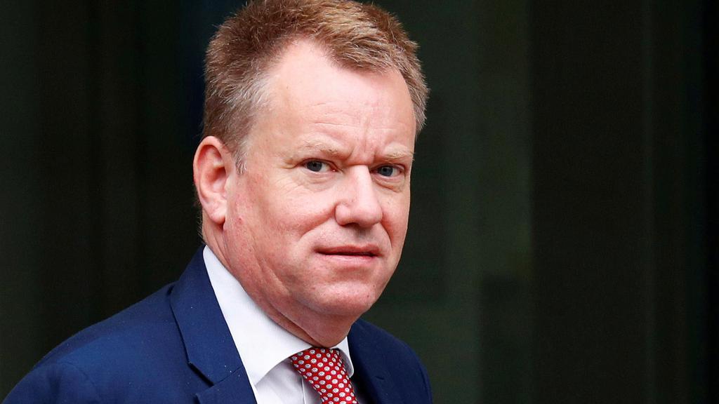 Syge chefforhandlere giver fornyet tvivl om brexit-aftale