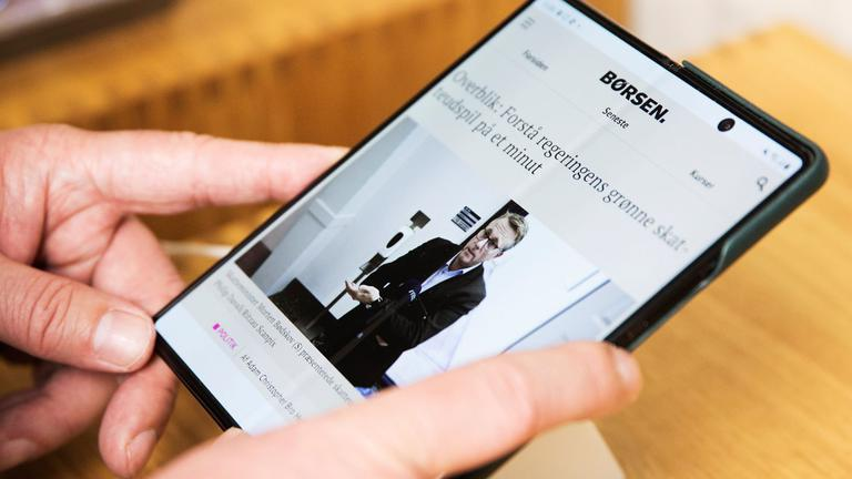 Samsung 10 light.jpg