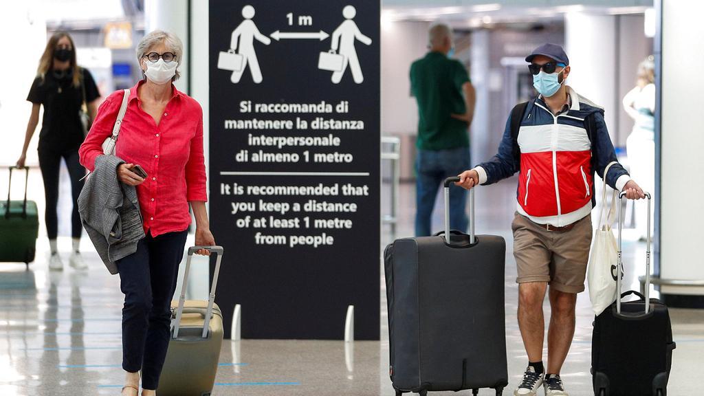 passengers rome.jpg